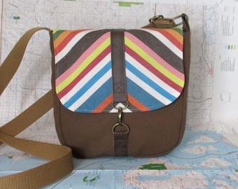 Coney Island- Crossbody messenger bag - Vegan purse - Travel bag - Adjustable strap - Medium- Brown - Stripes - Canvas bag - Ready to ship
