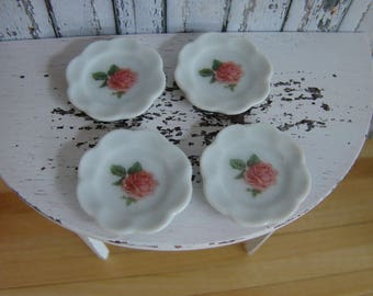 Dollhouse Miniature Shabby Chic Vintage Set of 4 White Ceramic Plates with Roses Motif and Scallop Edges