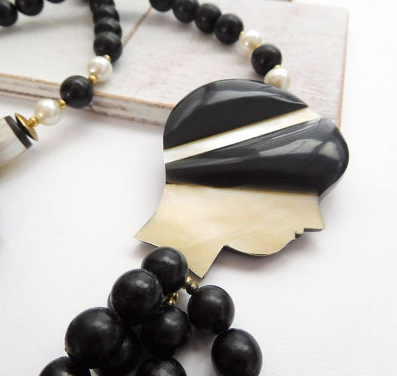 Vintage Philippines Mother Of Pearl Woman Hat Black Bead Statement Necklace T5
