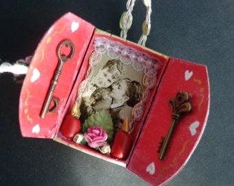 Victorian Lesbian Couple Matchbox Shrine Ornament.  Christmas Ornament.  Yule.  Winter Solstice