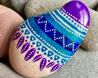 featherlight / painted stones / painted rocks / rock art / boho art / boho decor / hippie art / paperweights / hand held art / tribal art /