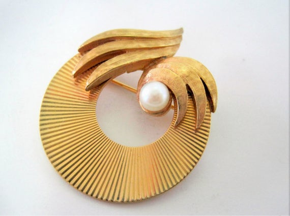 Marcel Boucher Pearl Brooch -  Designer Signed Numbered - Art Deco Gold Tone - Vintage Pearl Pin