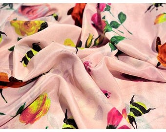 """Crepe de Chine silk fabric, beautiful pink floral silk fabric, 41""""  14m/m, silk fabrics for shirts, blouse, by the yard"""