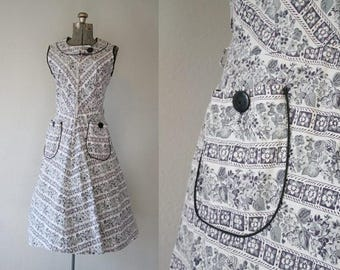 Vintage 1950's Black and White Floral Day Dress / Volup Size XLarge