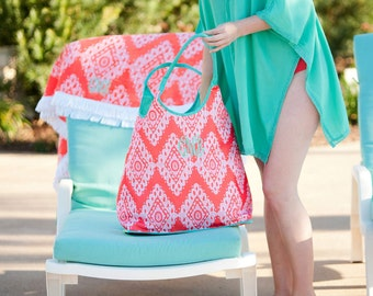 Monogrammed Tote Bag, Beach Bag, Flora Bora, Bridesmaid Gifts, Bridal Shower Gifts, Cruise, Group Discounts, Monogram Beach Tote