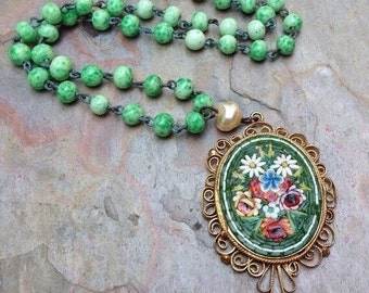 HOLIDAY SAVINGS Mosaic Mosaic Necklace Vintage Bridal Renaissance Wedding 1930 1940 Green Peking Glass Rosary