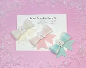 Snowflake Bows, Pink, White, Aqua, Headbands, Hair Bows, Hair Clips, Baby Accessories, Toddler Fashion, Barrettes, Cute Clips, HC1281