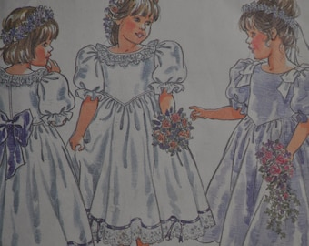 Adorable Flower Girl Pattern - Party Dress - cut to size 2-4 - Newlook Pattern #6544