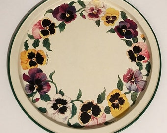 Retro Round Metal Tray, decorative tray pansies, drink serving tray, cottage chic tray, decorative tin tray, farmhouse style metalware