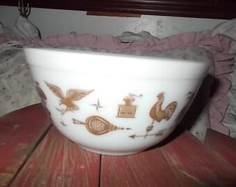 Pyrex Bowl Americana Bowl, 1 1/2 Pt Sz, Vintage Pyrex Bowls, Vintage Dishes, Vintage Bowls, Vintage Kitchen :)s