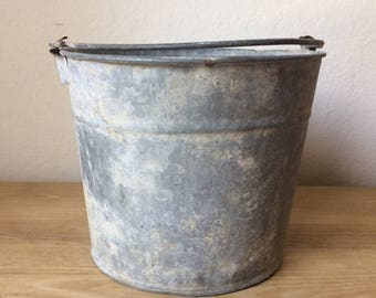 Vintage Galvanized Number 10 Bucket , Rustic Wedding Centerpiece , Country Wedding Container