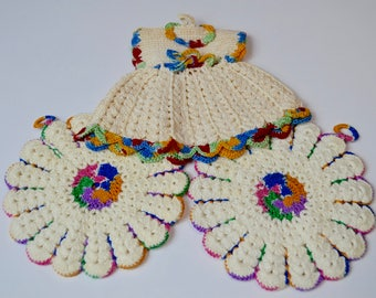 vintage pot holders, set of three, dress and two circles