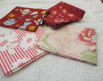 Fat Quarter Bundle with 4 FQs in red, pink, white C2