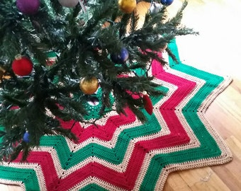 Crochet Christmas Tree Skirt, Brown Tan, Green, Red Rustic Star Burst Design