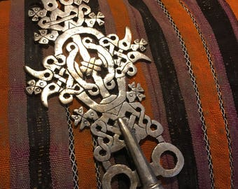 """VINTAGE SILVER ETHIOPIAN Cross African Beautiful Processional Ceremonial Cross, Collectible Approx. 12"""" High"""