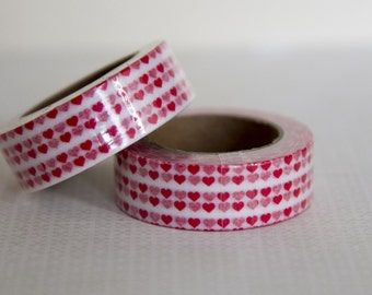 Masking tape, washi tape petits coeurs rouges 15mm x 10m    1 rouleau