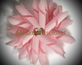 Light Pink 2.5 Inch Curly Korker Hair Bow Girls Infant Toddler Teen Bows Everyday Party School Photo Hair Bows