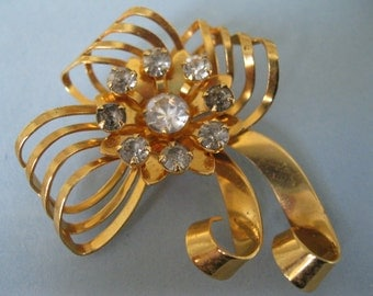 BN bugbee and niles demi parure brooch earrings set starburst bow vintage