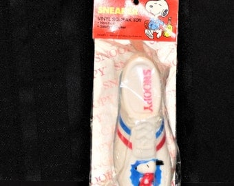 1958 Snoopy Sneaker Vinyl Squeak Dog Toy