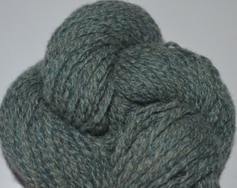 Pure Lambswool Worsted Weight Reclaimed Yarn