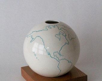 globe vase, white vase, ceramic wood vase, Ceramic Vase, Flower Vase, Bud Vase, Pottery Vase, Modern, Hostess Gift, Wedding Gift, small vase