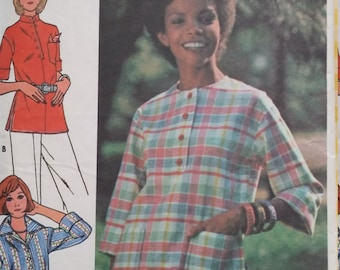 Vintage Butterick 4068 Sewing Pattern 1970s  Boho Tops Size 12