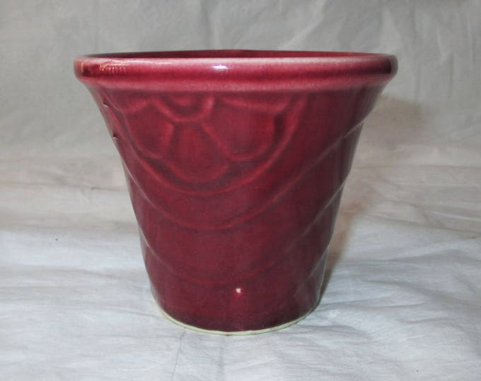 "Small 3.25"" x 3.5"" SHAWNEE Pot / Jardiniere, Dark Red (Burgundy), c. 1950s"