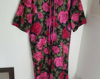 Red Roses Robe