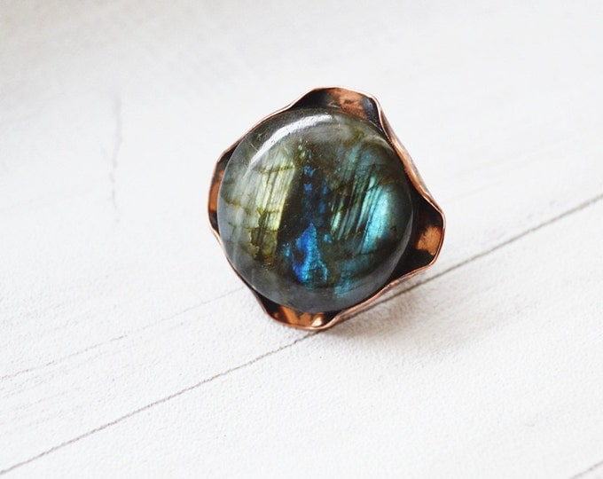Large Ring Copper Labradorite Stone Boho Ring Unique Ring Statement Ring Copper Sheet Embossed Not Heavy Blue Green Universal Ring Gift Her