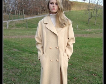 SALE 1960's vintage  cream  wool coat,  wool coat, cream wool, winter coat, mad men, ILGWU label, double breasted coat, size Large
