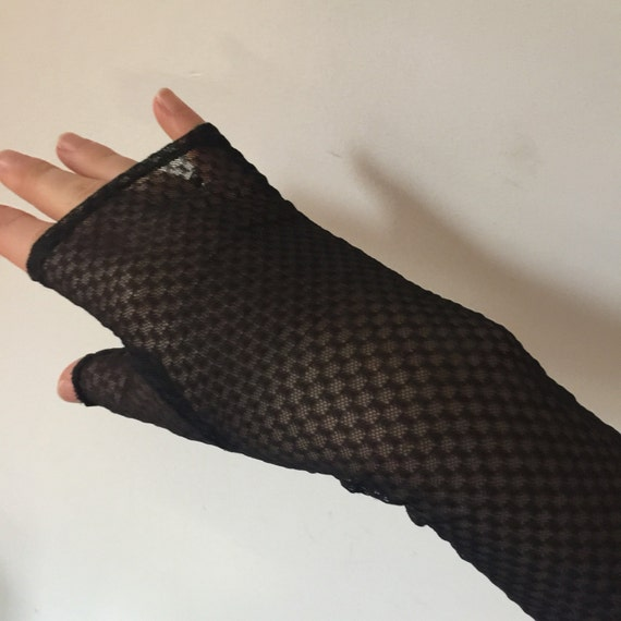 Long net mittens vintage fingerless gloves black opera length gloves silky rayon netting 6.5 goth glam steampunk checkerboard