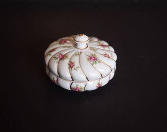Porcelain Trinket or Keepsake Box