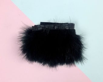 Ribbon of black fluffy feathers / sold by 30 cm Strip