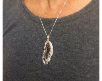 Raw Agate Geode Slice Necklace