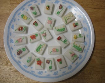 Decorated Sugar Cubes 24 pcs Pastel Flowers