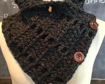 Crystalyn-Mae Cowl, crocheted cowl, handmade scarf