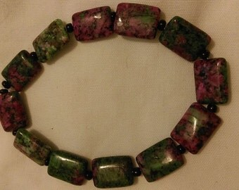 Zoisite & Black Glass Stretch Bracelet