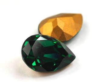 Swarovski 14x10mm Pear Shape 4320 Emerald 1 Piece