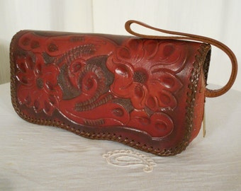 Vintage Tooled Leather Purse / Red Leather Purse / 1960s Boho Hippie Leather Clutch Purse / Ladies Leather Handbag