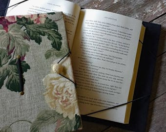 Extra large book holder for hands-free reading, XL trade size book cover, floral print, book privacy, gift for readers, bibliophiles