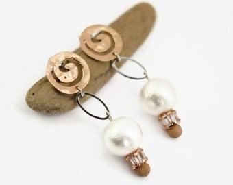 Rose Gold Drop Earrings, Wedding Jewelry, Rose Gold Beaded Earrings, Pearl Wedding Earrings, Bridesmaids Gift, Bridesmaid Wedding Jewelry