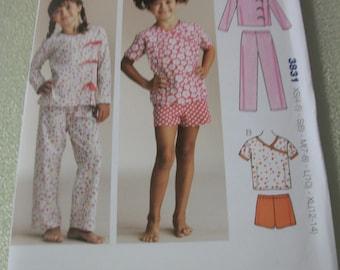 Kwik Sew 3831 Girls Size XS to XL Pajamas