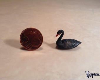 Wooden miniature black swan (ID No. bs1)