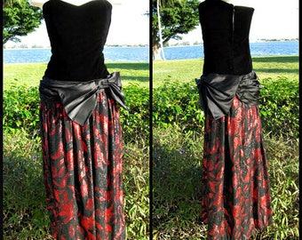 Bill Blass Vintage Gown / Bill Blass 80s Gown / fits S / Vintage Bill Blass Velvet and Lame Dress / Red Lame and Black Velvet Blass Dress