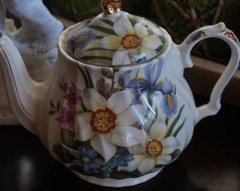 Vintage, Windsor Floral Teapot