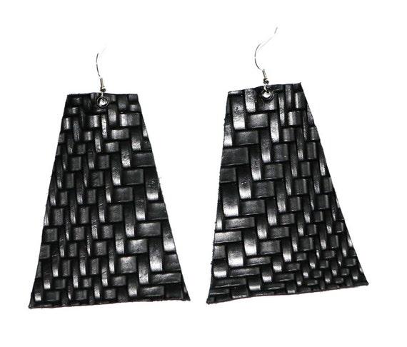 Onyx trapezoid earrings - Leather earrings - Textured leather earrings