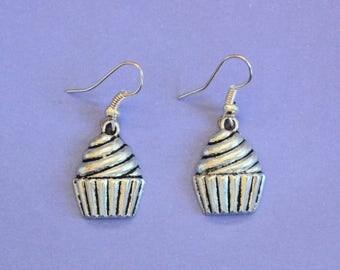 Silver Cupcake Dangly Earrings,Cupcake Earrings,Silver Cake Earrings,Tibetan Silver,Tibetan Charm,Silver Earrings,Cupcake Jewellery,Cakes