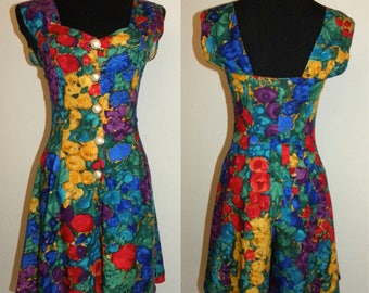 1990s 90s Bold Floral Romper / Bright Colorful Rayon / Vintage shorts playsuit / Revival Festival / X-Small