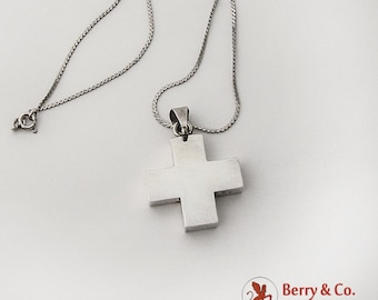 Bold Sterling Silver Cross Pendant Chain Necklace