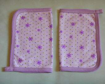 SALE! Burping cloth Set of 2, made out of cotton.